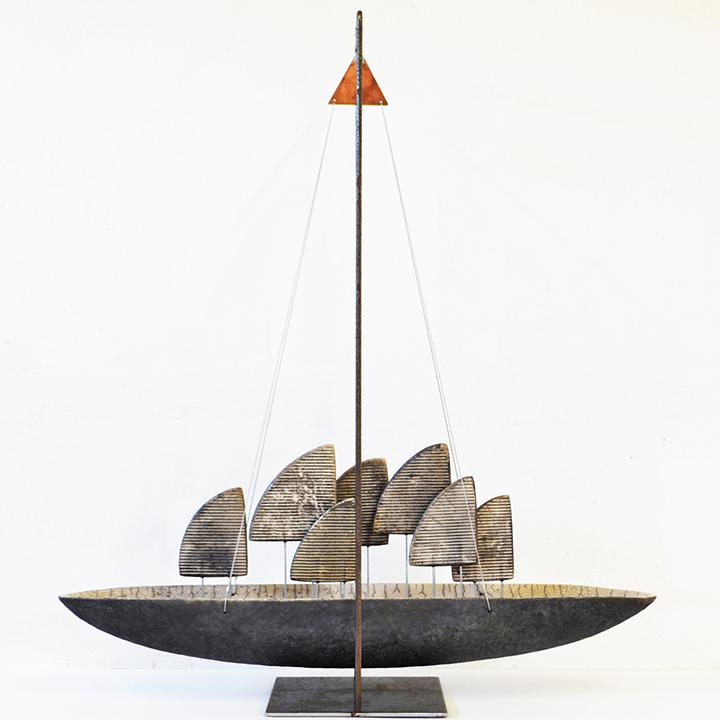 2001   Zeilschip   keramiek   70x60x18 cm