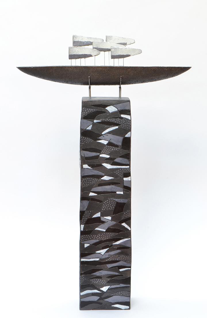 2017   Black Grey Boat   keramiek   86x52x11cm